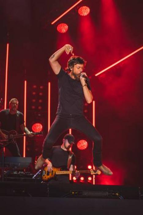 CHRIS JANSON TAKES OHIO STADIUM, NISSAN STADIUM IN JAM-PACKED CONCERT WEEKEND